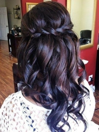 pretty-bridesmaid-hairstyles-for-long-hair