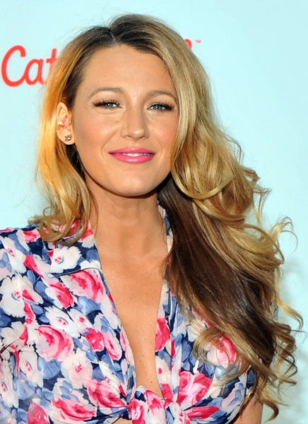 blake-lively-long-wavy-hairstyle