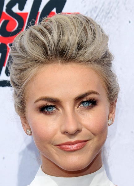 julianne-hough-formal-straight-updo-hairstyle