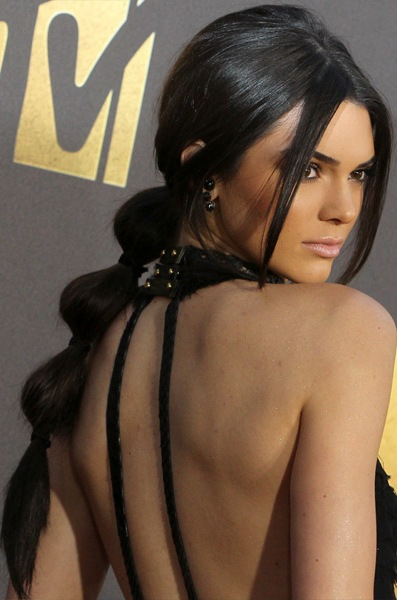 kendall-jenner-casual-straight-updo-hairstyle