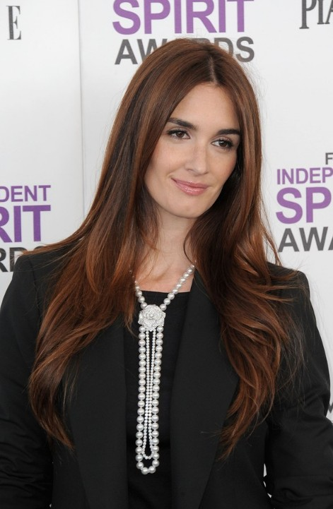 paz-vega-center-part-red-hairstyle-for-women
