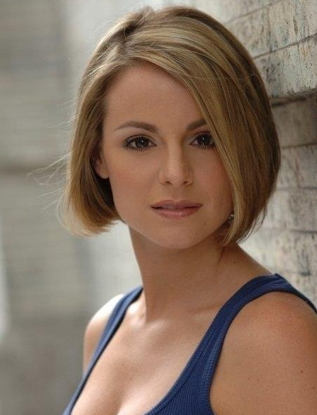 short-bob-hairstyles-for-straight-hair