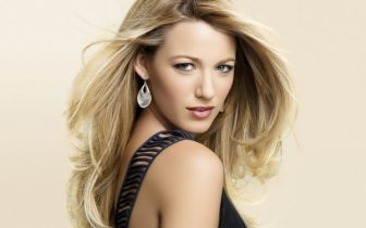 30 Hottest And Stylish Long Blonde Hairstyles