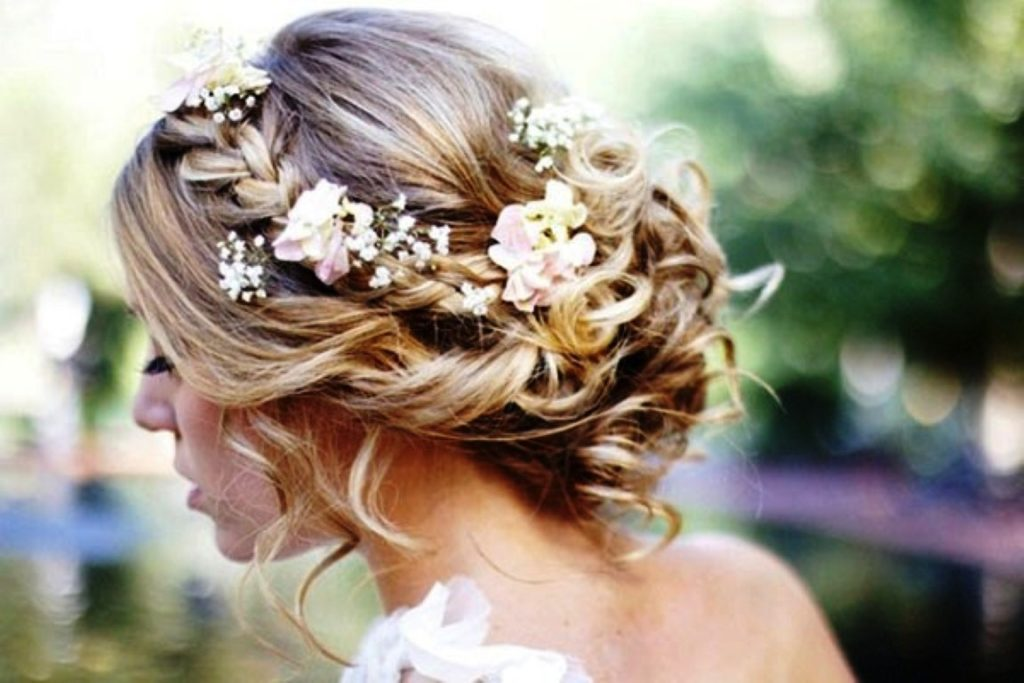 35 elegant wedding hairstyles for medium hair hottest haircuts junglespirit Images