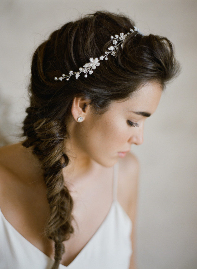 hair-with-accessories-for-bridesmaid