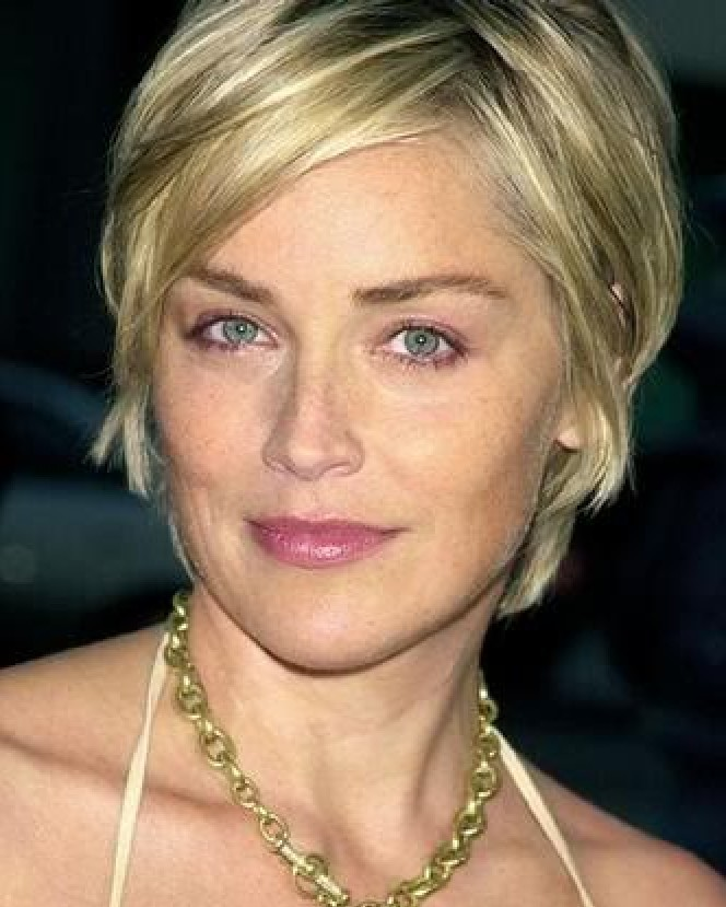 summer-hairstyles-for-women-over-50