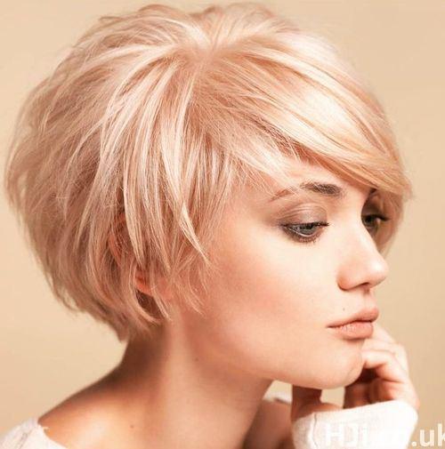 short-tousled-blonde-bob