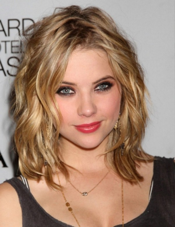 25 most superlative medium length layered hairstyles hottest layered medium haircuts for thick hair urmus Choice Image