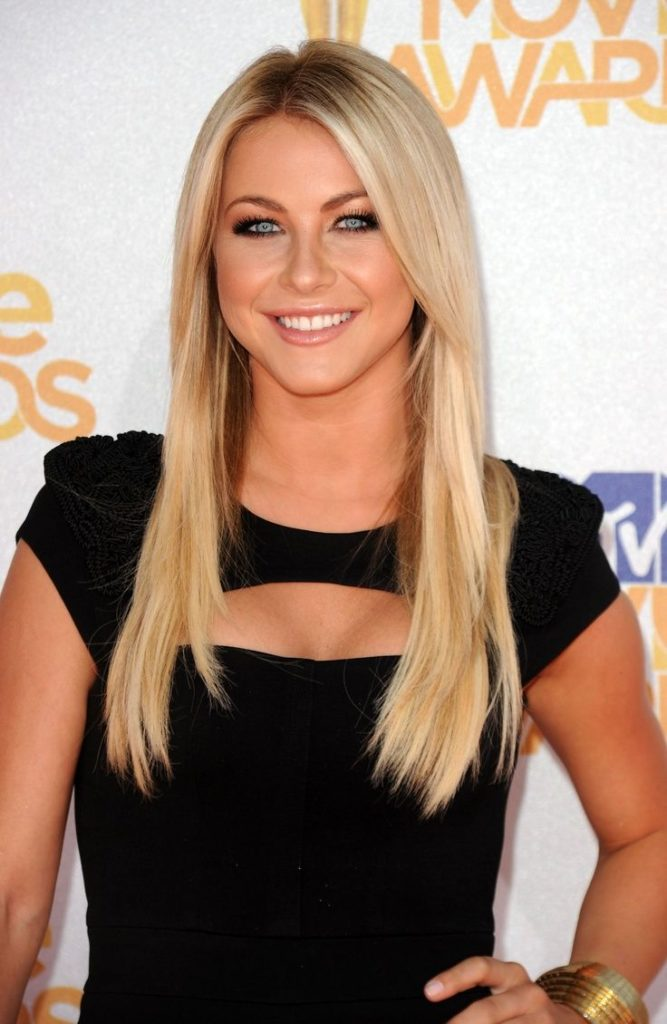 27 Most Glamorous Long Straight Hairstyles for Women ...