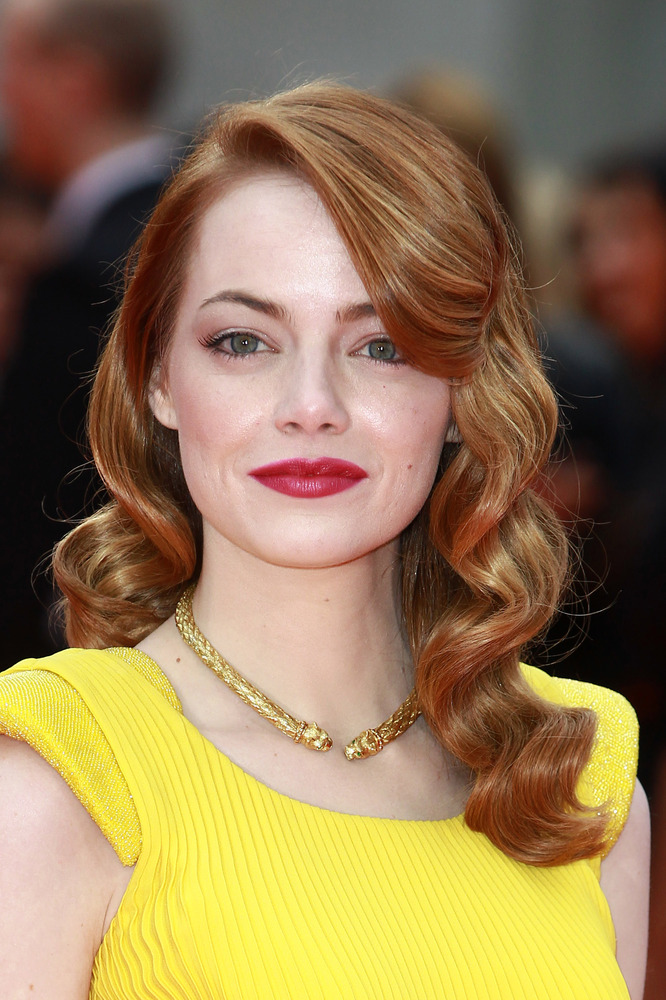 30 glamorous emma stone hairstyles for you inspiration