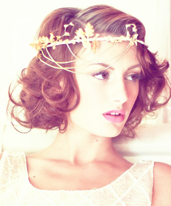 Short Wavy Wedding Hair with Headband