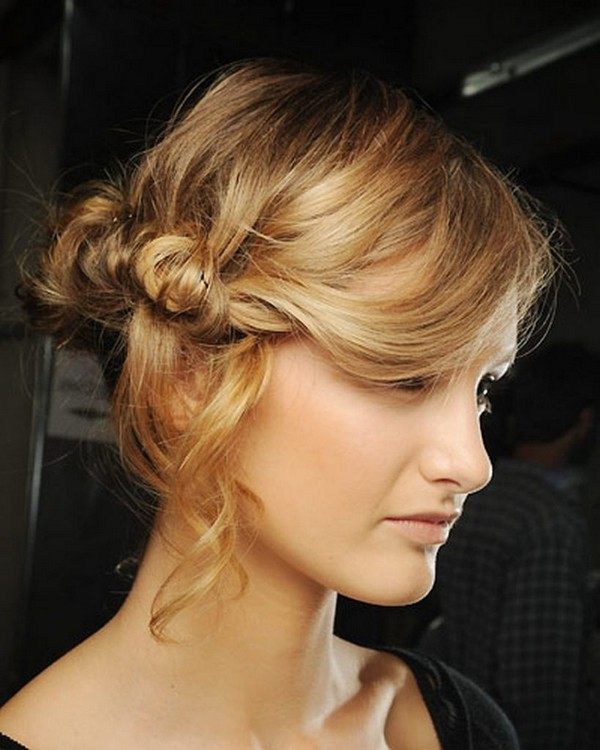 30 Attractive and Charming Messy Hairstyles for Women - Haircuts ...