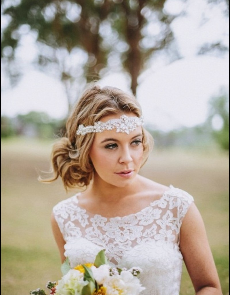 Vintage Wedding Hairstyle with Shiny Headband