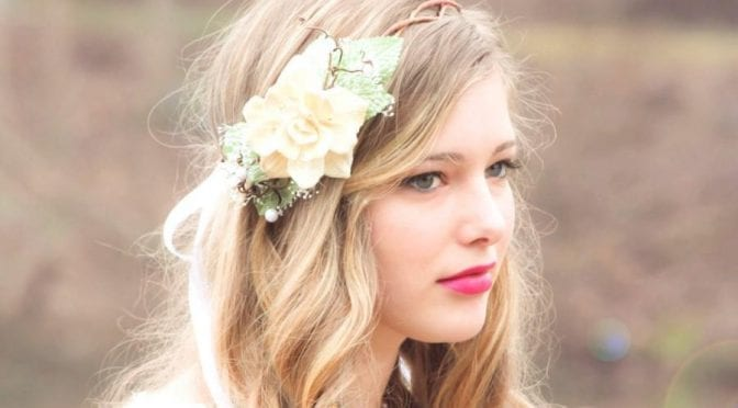 30 Elegant and Graceful Wedding Hairstyles with Flowers