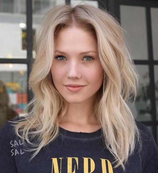 Medium Blonde Hair with Waves