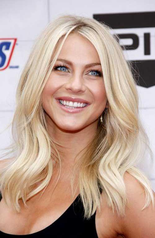 Blonde Wavy Hairstyle