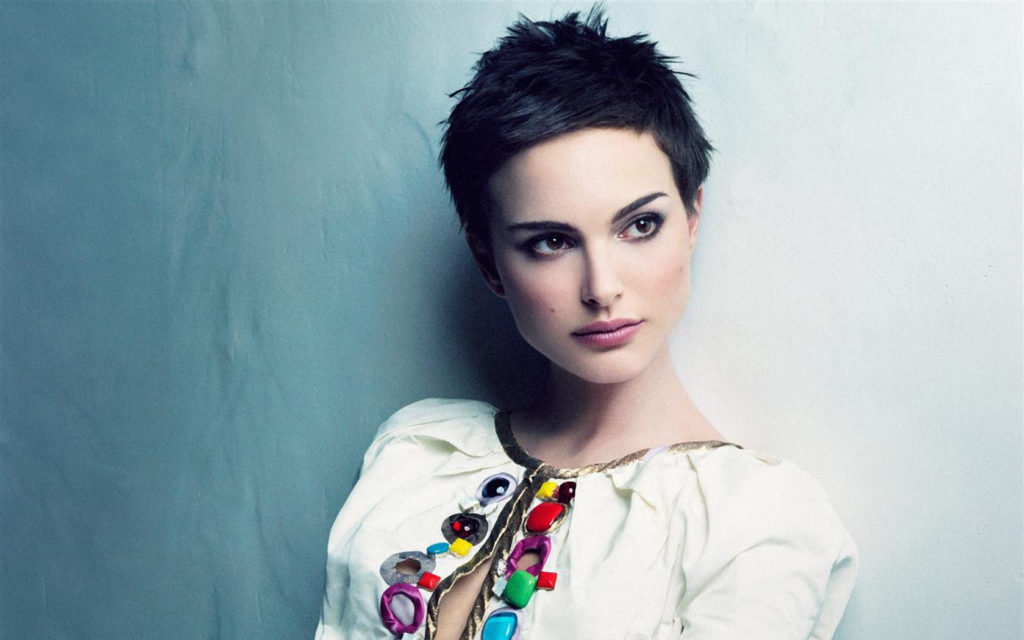 30 Easy Short Hairstyles for Women To Appear As Diva - Haircuts & Hairstyles 2018