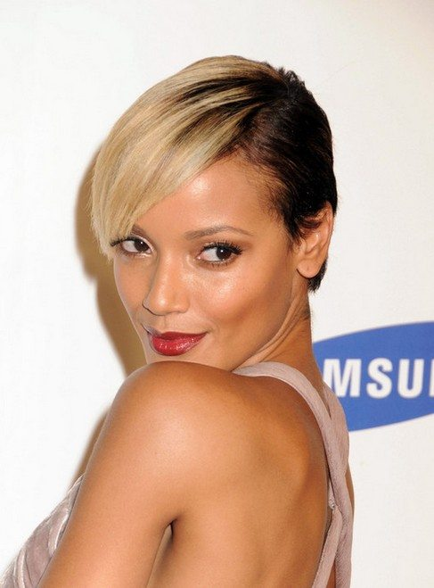 Dual Toned Side Parted Short Hair