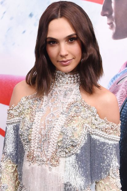 Middle Parted Brunette Choppy Lob