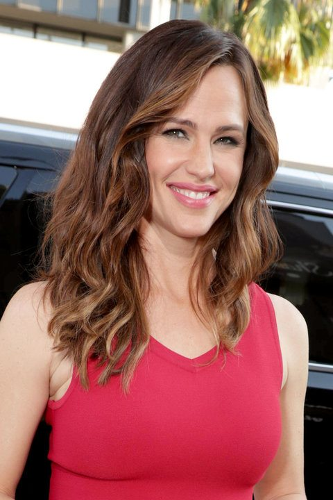 Glossy Brunette Wavy Locks