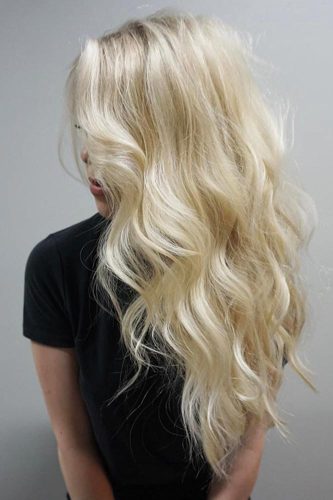 Long Blonde Hairstyle with Waves