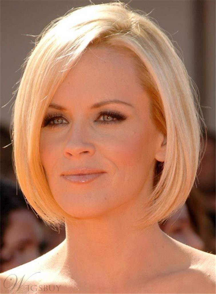 15 Hairstyles For Women Over 50 With Round Faces ...
