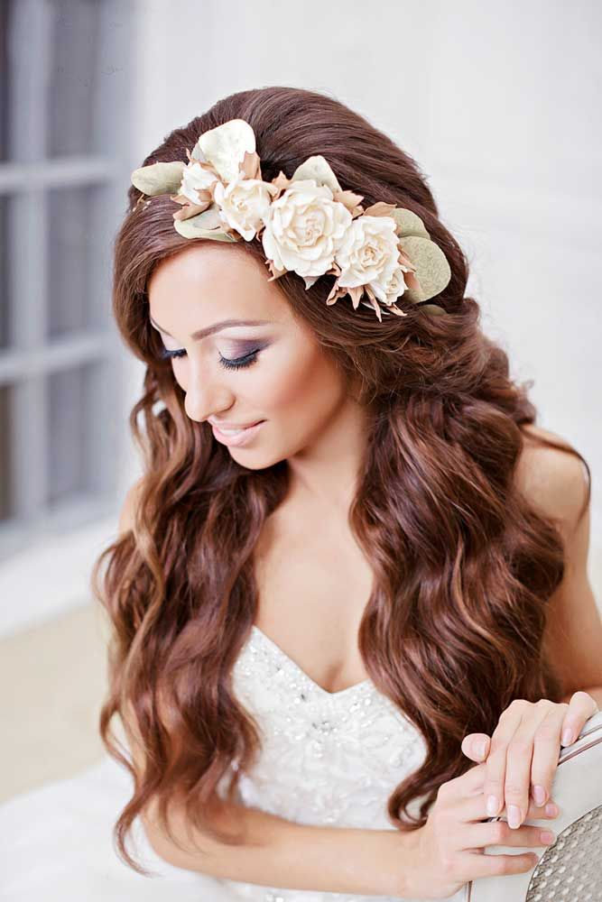 Loose Curls with Flower Headband