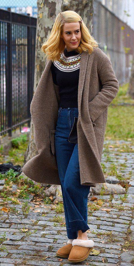 Sarah Paulson's Medium Blonde Hair