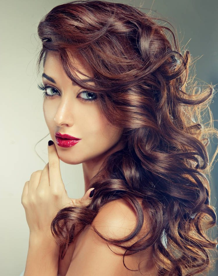 Long Curly Wavy Hairstyle