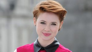 18 Impressive Side Swept Short Hairstyles for Women