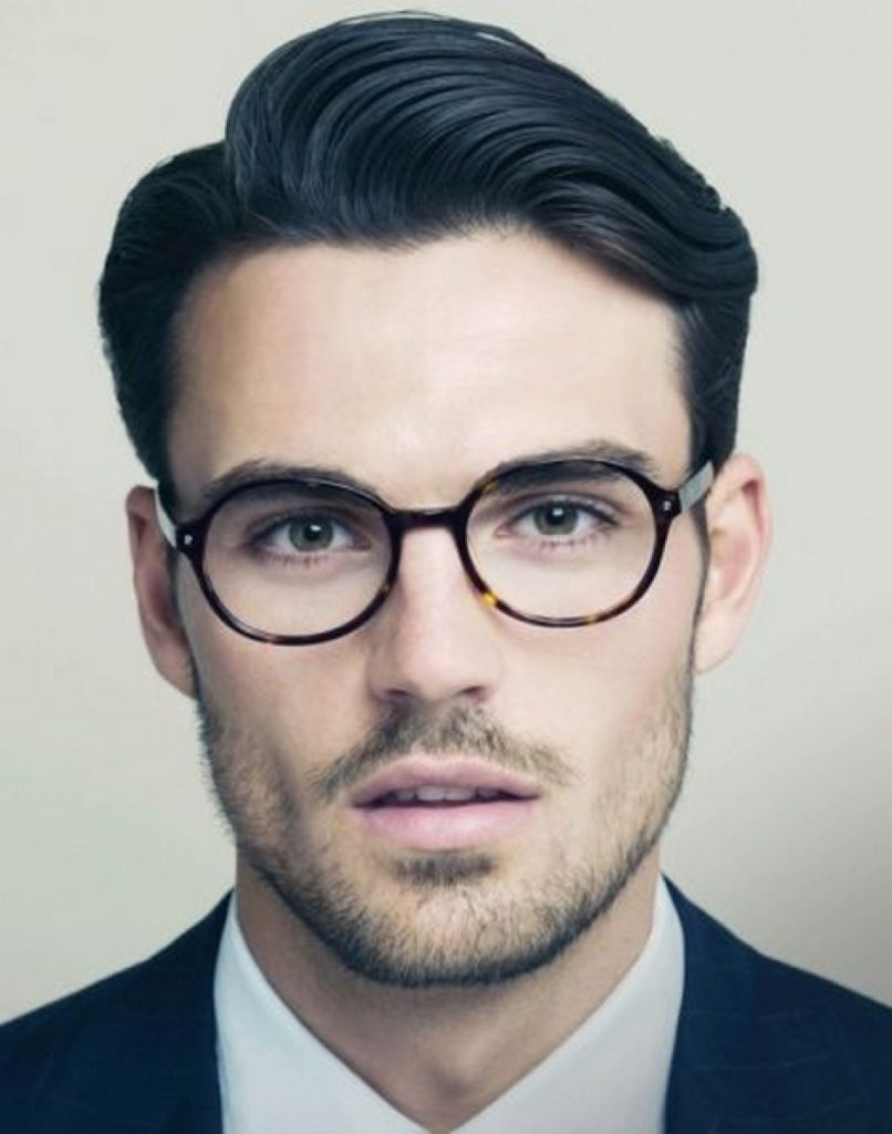 Men's Hairstyles with Glasses