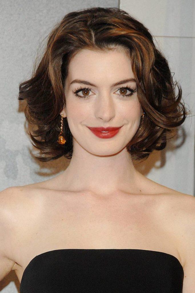 Anne Hathaway Haircut (31)
