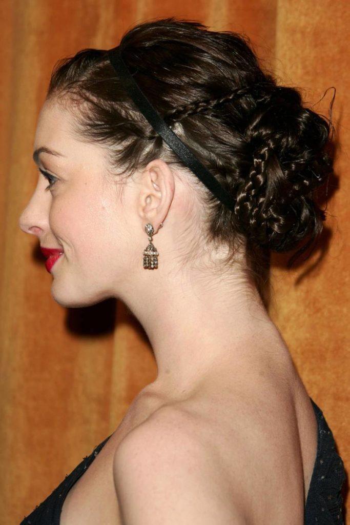 Anne Hathaway Haircut (34)