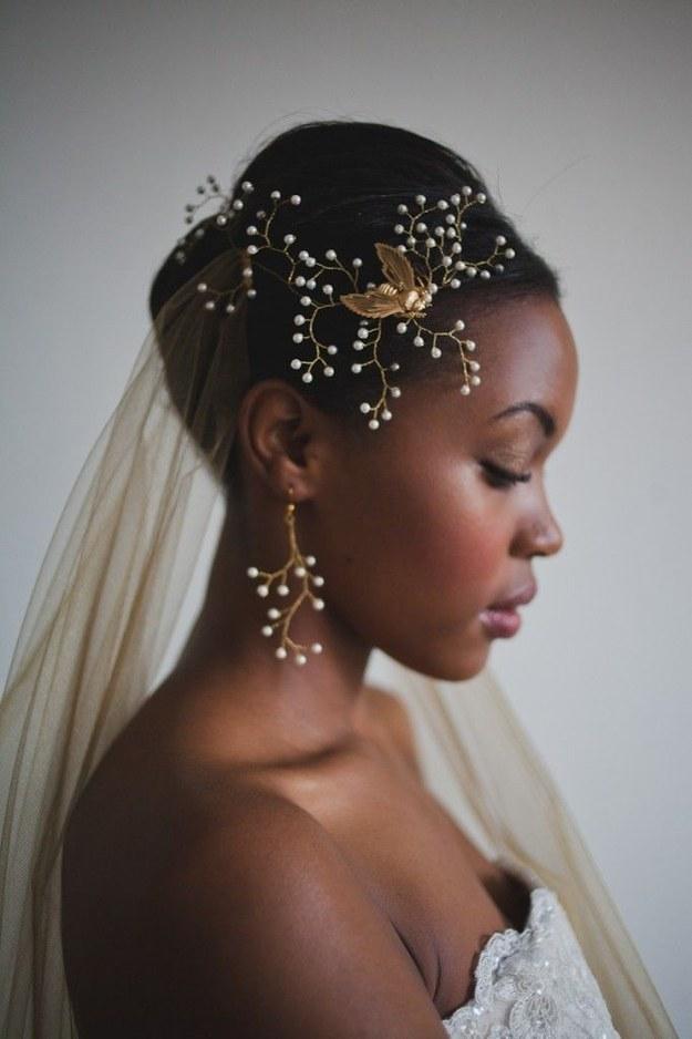 18. Elegant Wedding Hairstyle