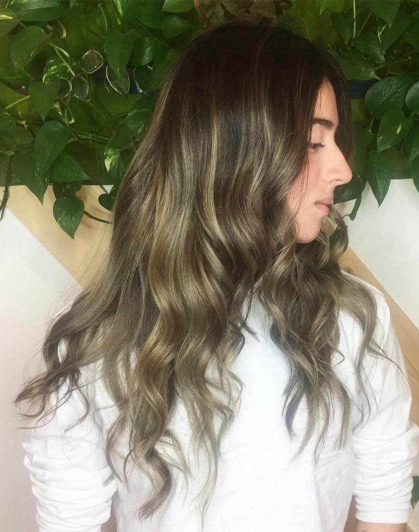 20 Cool And Charismatic Blowout Hairstyles For Women Haircuts Hairstyles 2021