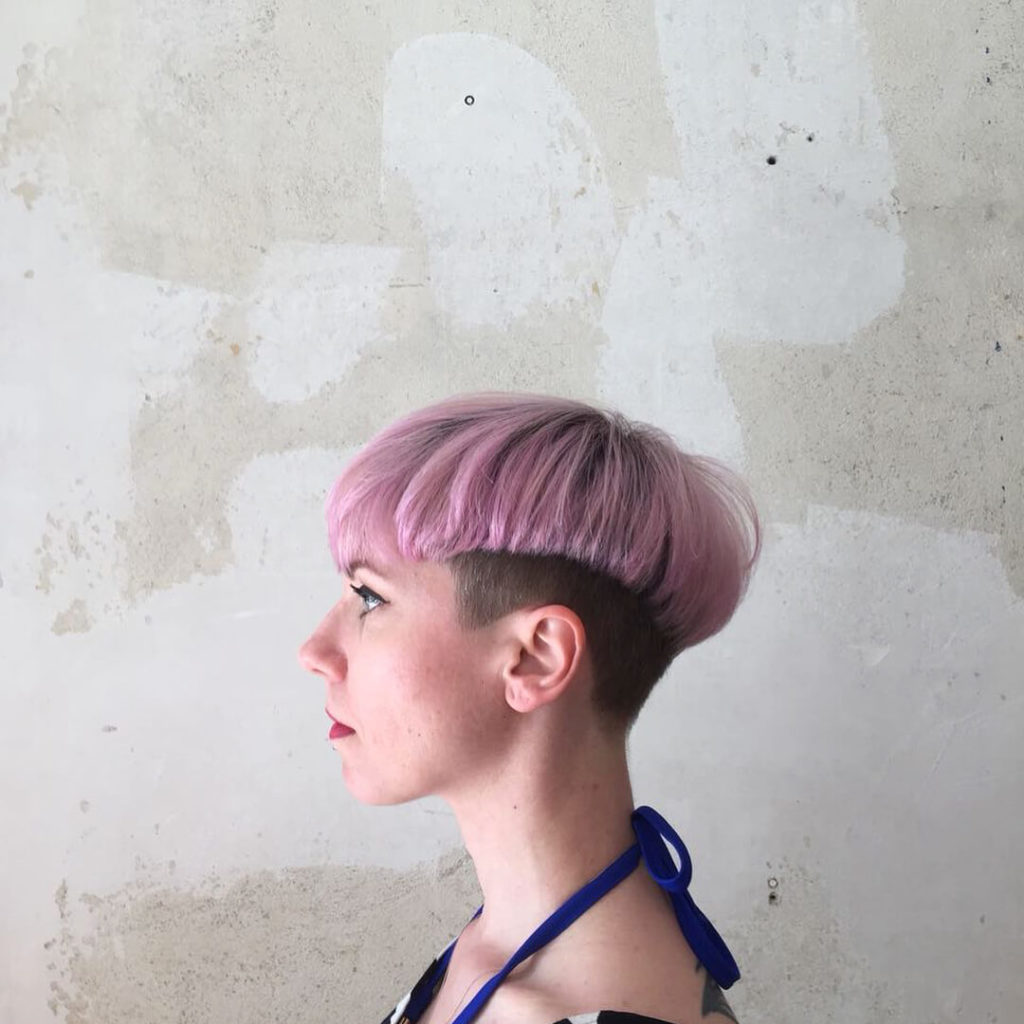 20 Unique And Creative Bowl Haircuts For Women