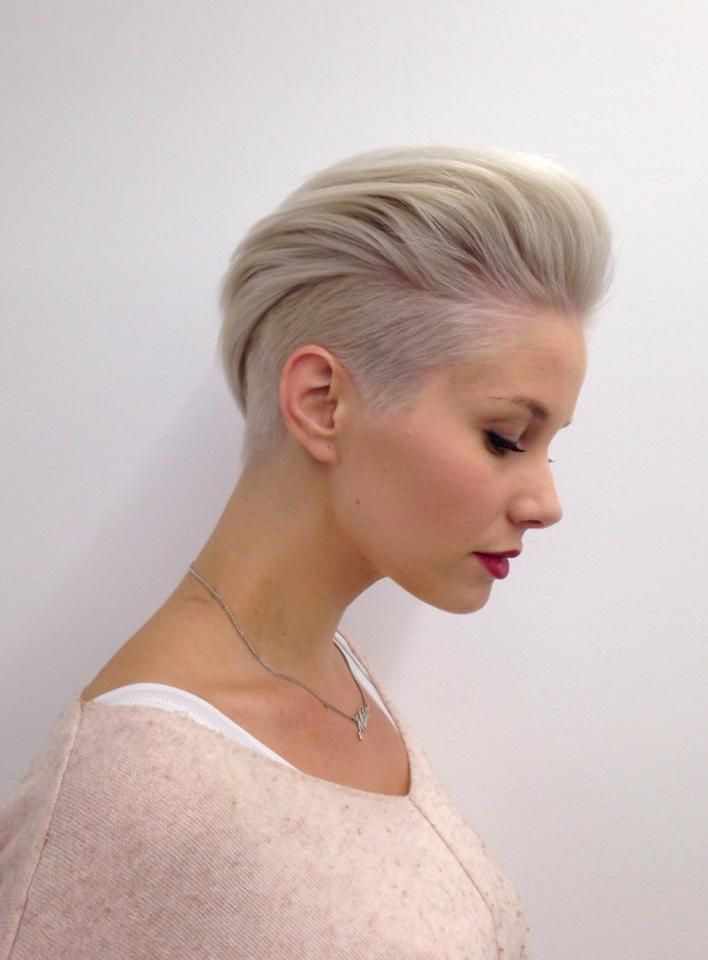 25 Female Hairstyles For Short Hair To Look Attractive Haircuts Hairstyles 2020