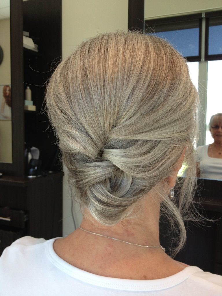 Hairstyles for Older Women 2019 (17)