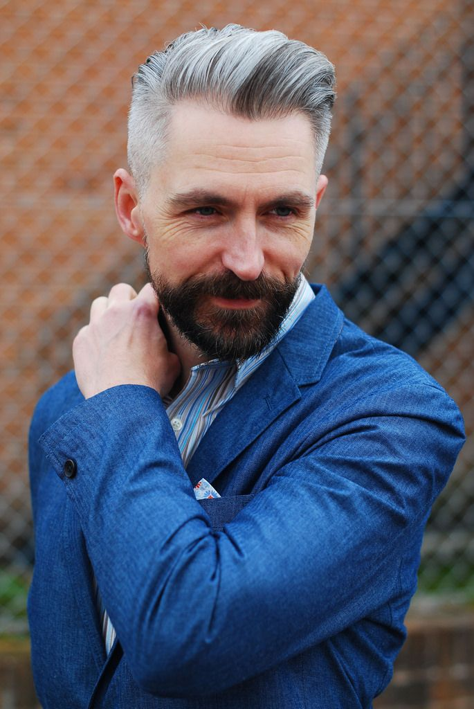 Mens Hairstyles Over 40
