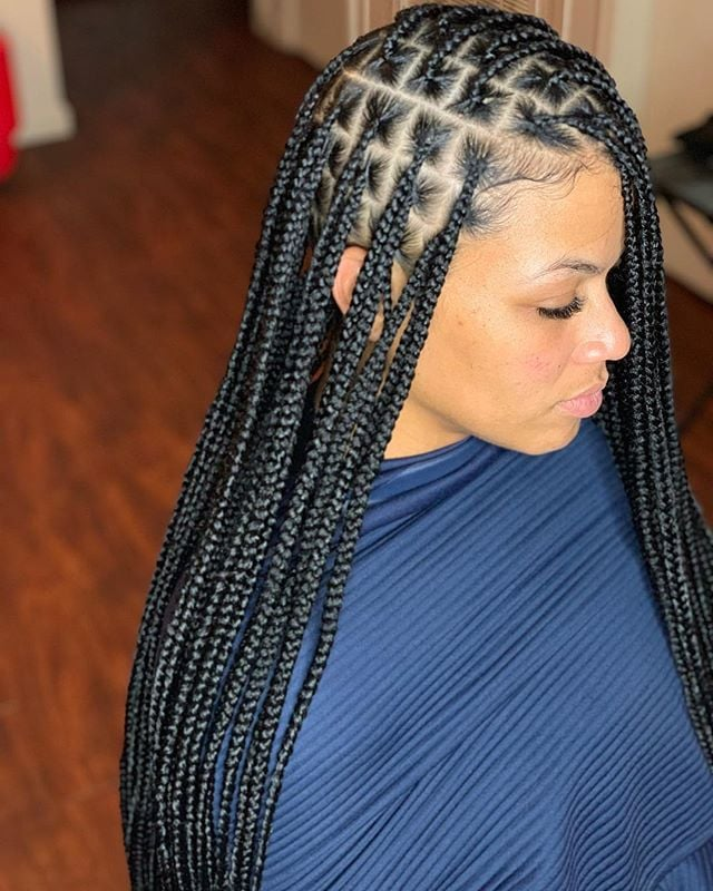 21 Cool And Trendy Knotless Box Braids Styles Haircuts Hairstyles 2021 But what separates knotless box braid is the lightness. haircuts hairstyles 2021