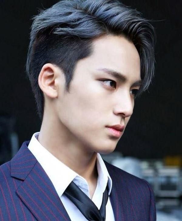 20 Dashing Korean Hairstyles For Men Haircuts Hairstyles 2021
